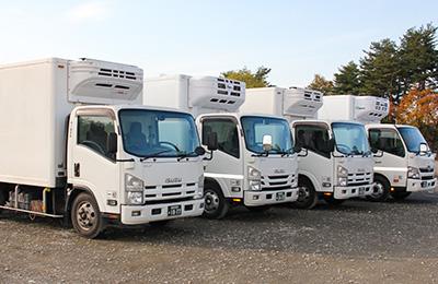 鮫川運送株式会社のトラック