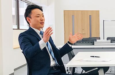 アクサ生命保険株式会社 青森営業所 町田氏